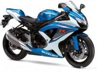 Moto : Suzuki devant Kawasaki