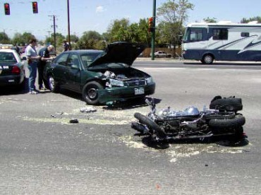 Accident entre Moto et Auto à Montréal secteur Anjou